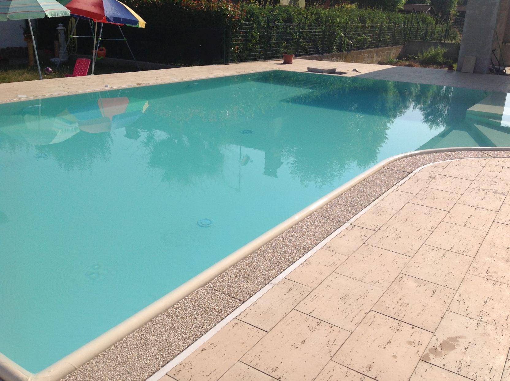 Bagnolo San Vito (13) - Casareggio Piscine: piscine, piscine mantova, costruttori di piscine