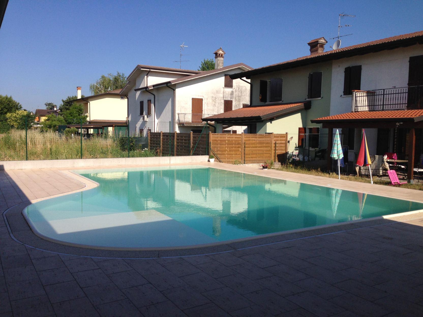 Bagnolo San Vito (2) - Casareggio Piscine: piscine, piscine mantova, costruttori di piscine