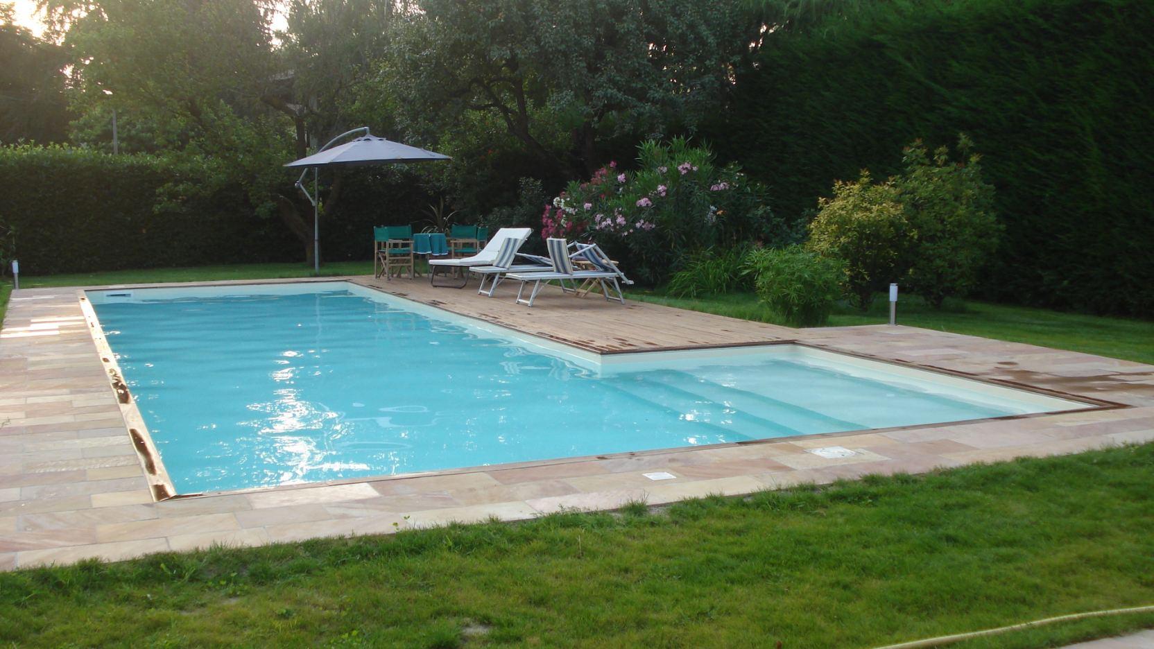 Revere (Mantova) - Casareggio Piscine: piscine, piscine mantova, costruttori di piscine
