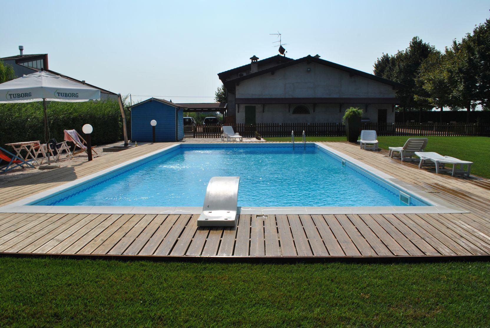 Rodigo 2 casareggio piscine piscine piscine mantova costruttori di piscine - Piscina mantova ...