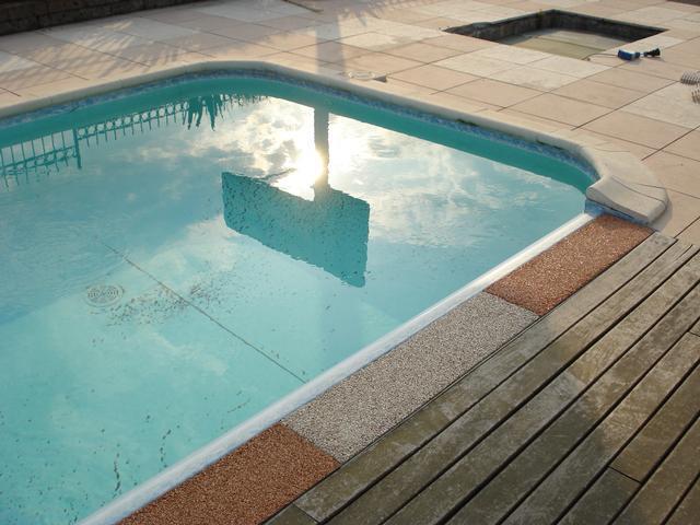 montichiari2 - Casareggio Piscine: piscine, piscine mantova, costruttori di piscine