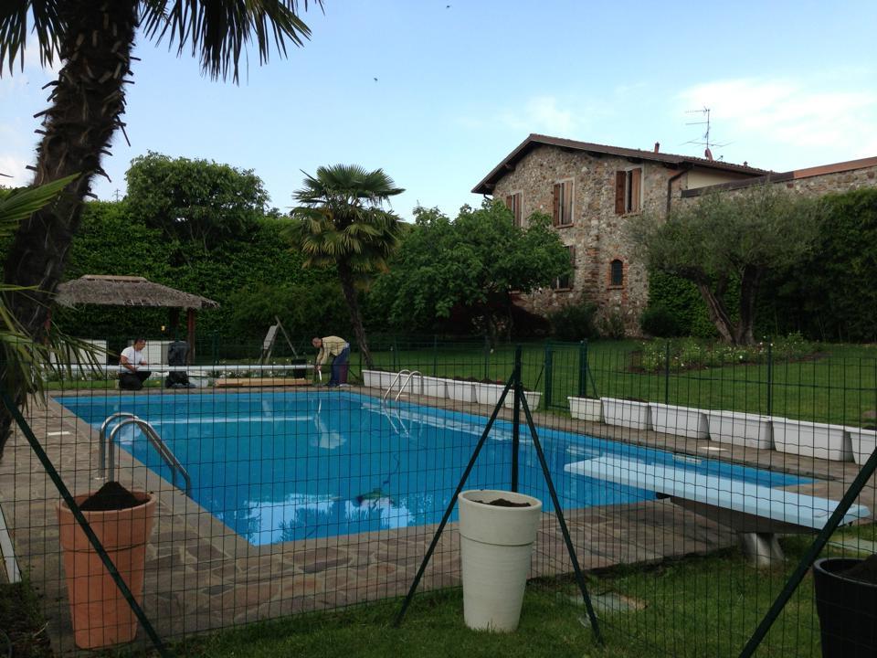 Padenghe sul Garda (Brescia) - Casareggio Piscine: piscine, piscine mantova, costruttori di piscine
