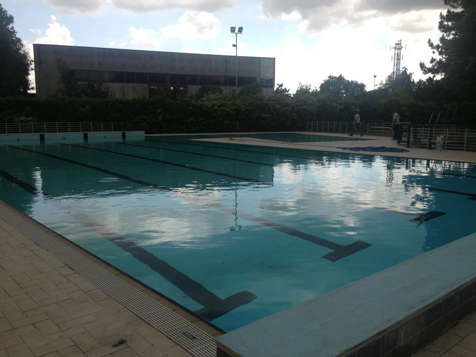 Piscina comunale roncoferraro mantova casareggio piscine piscine piscine mantova - Piscina porto mantovano ...