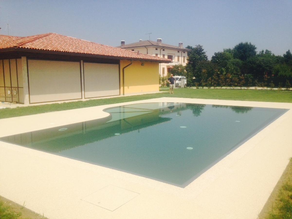 casareggio7_1200X901_030316 - Casareggio Piscine: piscine, piscine mantova, costruttori di piscine